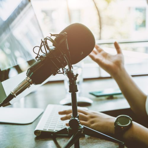 Best Investing Podcasts for 2021 Featured Image
